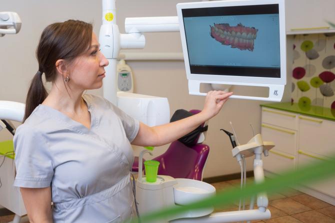 Bruksisms – nekontrolējama zobu griešana miegā