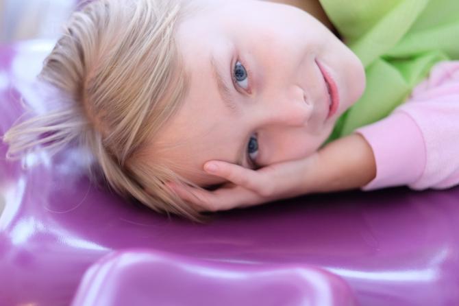 Ko darīt, ja bērnam ir paniskas bailes no zobārsta?